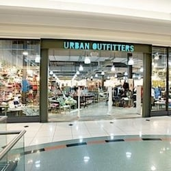 Urban Outfitters 10 anmeldelser Dameklær 2800 W Big