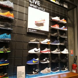 100% quality lowest discount best deals on Nike Running - Shoe Stores - 49 boulevard Saint-Michel ...