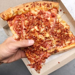 Best Pizza Near Me April 2019 Find Nearby Pizza Reviews