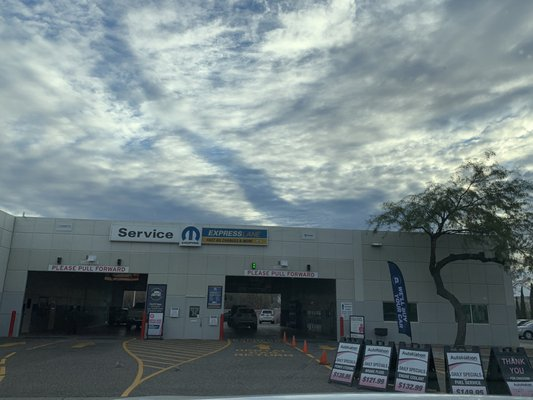 Autonation North Phoenix >> Autonation Collision Center North Phoenix 16800 N 26th Ave