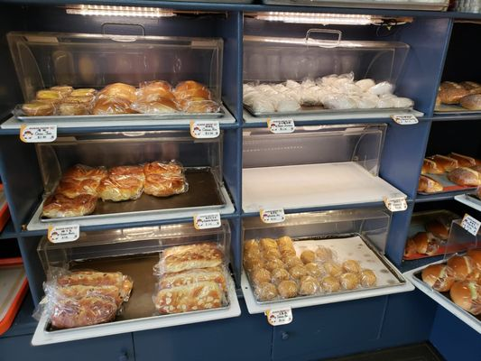 Qq Cafe Amp Bakery Takeout Delivery 143 Photos 150 Reviews Bakeries 30941 Dequindre Rd Madison Heights Mi Restaurant Reviews Phone Number Yelp