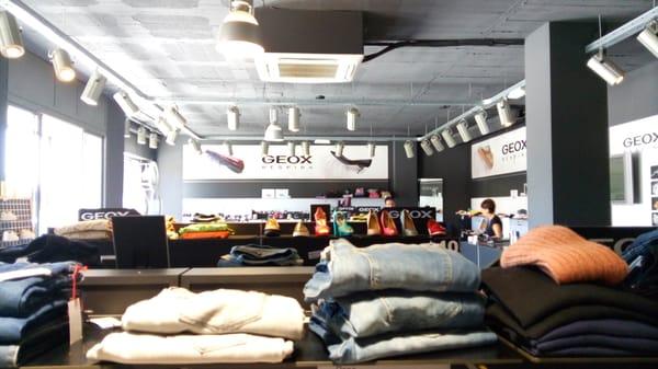 salida para la venta bien fuera x venta de liquidación Geox - Women's Clothing - Calle Juan de la Cierva, 27, Elche ...