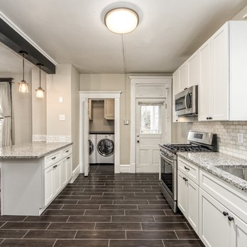 White Shaker cabinets and granite from Ohio Property ...