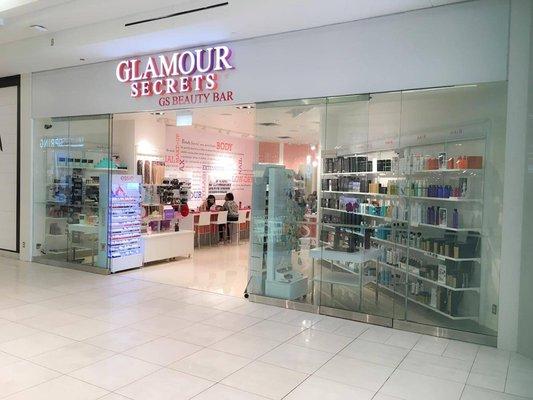 Glamour Secrets Gs Beauty Bar St Laurent Centre 32 Photos Nail Salons 1200 St Laurent Boulevard Ottawa On Phone Number