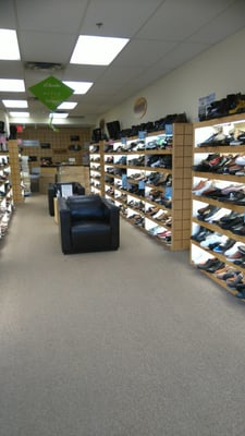 Ronsons - CLOSED - Shoe Stores - 2955 W