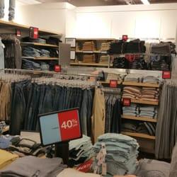 263575161 Gap Outlet - Women's Clothing - 7147 Cermak Rd, Berwyn, IL - Phone ...