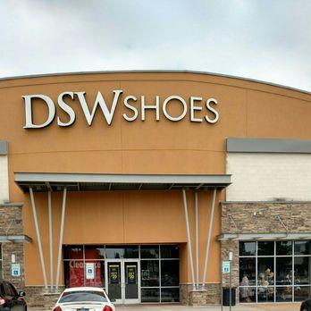 dsw shoe store near me