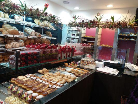 PATISSERIE TJOENS - Bakeries - Weggestraat 10, Merksem, Antwerpen, Belgium  - Phone Number