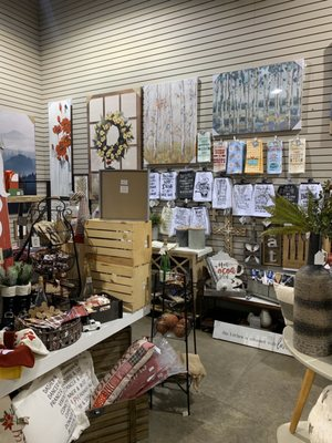 Real Deals On Home Decor 51 Photos Home Decor 7474 Towne Center Pkwy Papillion Ne Phone Number Yelp