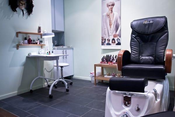 Cute Salon