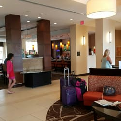 Doubletree By Hilton Hotel Sterling Dulles Airport