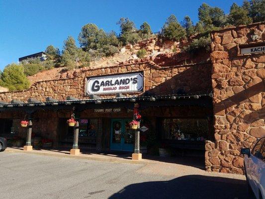 Garland S Navajo Rugs 411 State Route 179 Sedona Az Art