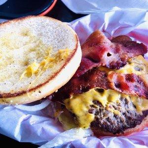 Chunky S Burgers 207 Photos Amp 242 Reviews Burgers