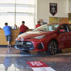 Las Vegas Toyota >> Autonation Toyota Las Vegas 107 Photos 545 Reviews Car Dealers