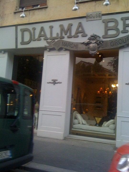 Dialma Brown - Möbel - viale Umbria, 85, Porta Vittoria ...