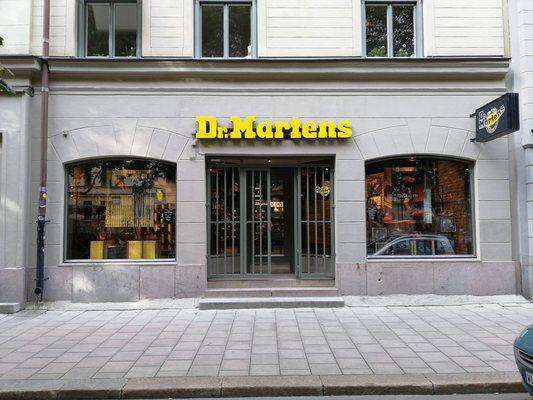 dr martens stockholm drottninggatan
