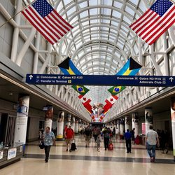 Top 10 Best Food O'Hare Airport in Chicago, IL - Updated COVID-19 Hours &  Services - Last Updated - Yelp
