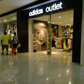 Inodoro Antología Todos los años  Adidas Outlet - Outlet Stores - McKinley Parkway, Bonifacio Global City,  Taguig City, Taguig, Metro Manila, Philippines - Yelp
