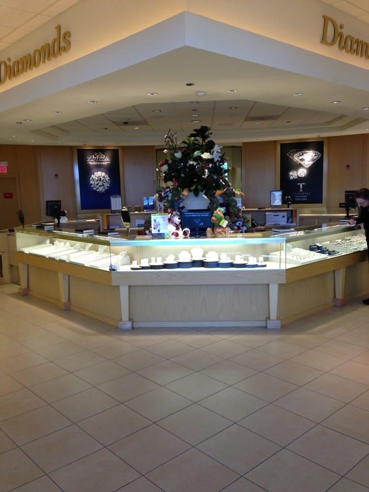 Jared Galleria of Jewelry - 14 Photos & 55 Reviews ...
