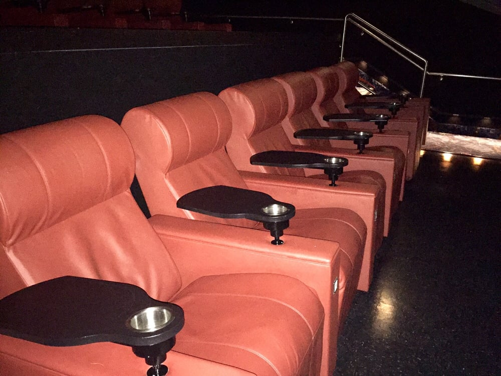 Galaxy Theatres Tulare 82 Photos 150 Reviews Cinema 1575 Retherford St Tulare Ca United States Phone Number Yelp