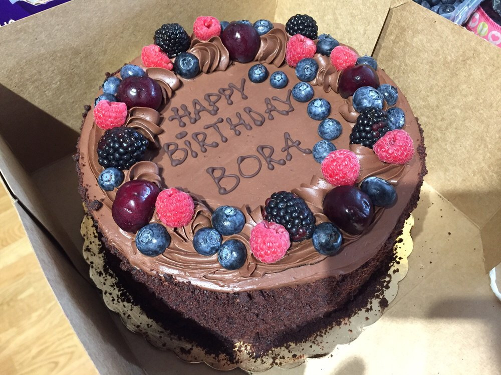 Wondrous Lg Vegan Chocolate Mousse Cake Added Our Own Berries And It Looks Personalised Birthday Cards Cominlily Jamesorg