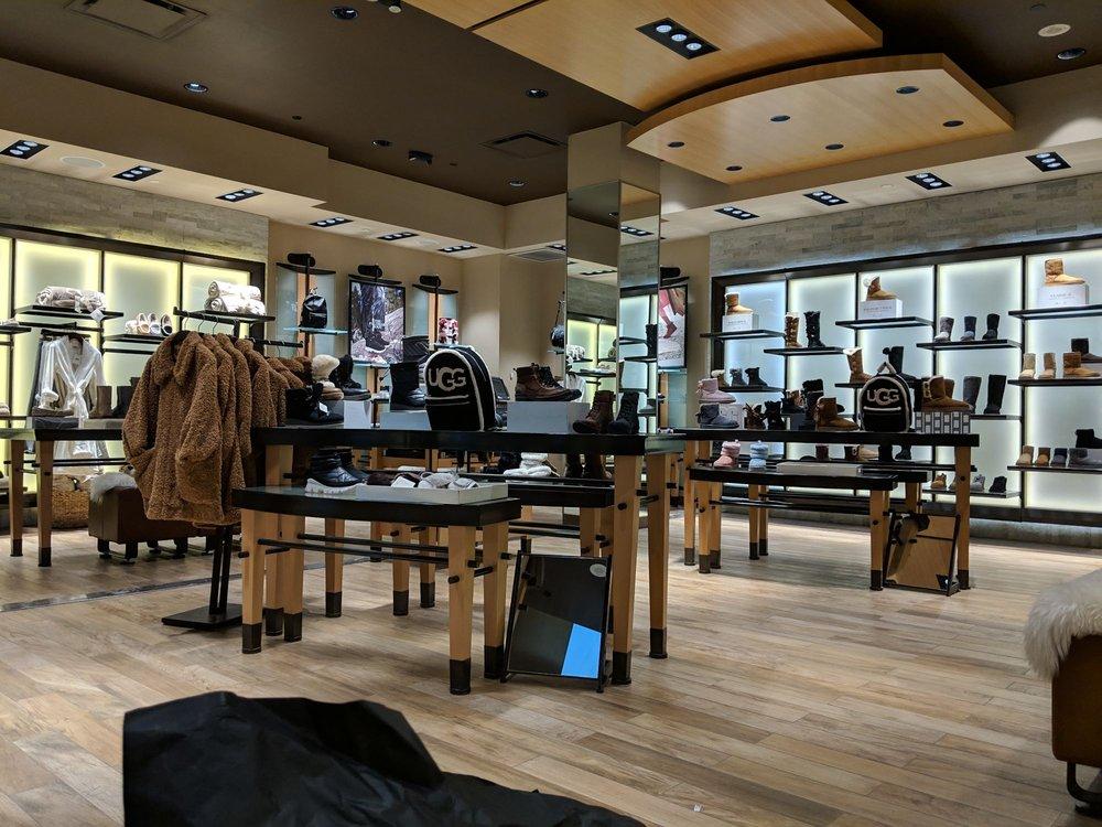 ugg store in toronto