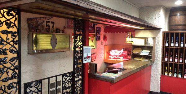 Capri Pizzeria 52 Photos 74 Reviews Pizza 30735 Greenfield Rd Southfield Mi Restaurant Reviews Phone Number Menu