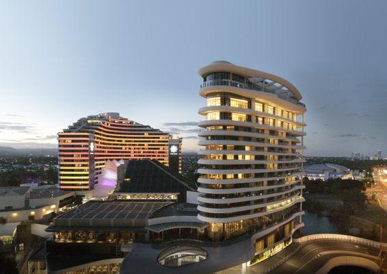 Jupiters casino gold coast shows 2014 crowne plaza golf resort and casino