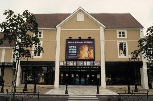 Cinema Casino - 9 Reviews - Cinema - 9 boulevard du 99 novembre