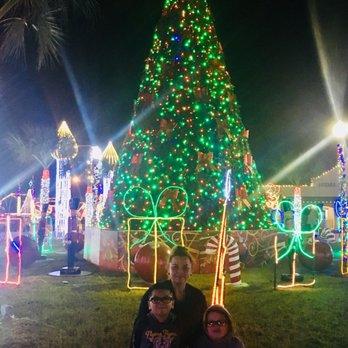 Hidalgo Christmas Lights 2021 Hidalgo Festival Of Lights Festivals 704 E Texano Dr Hidalgo Tx Phone Number Yelp