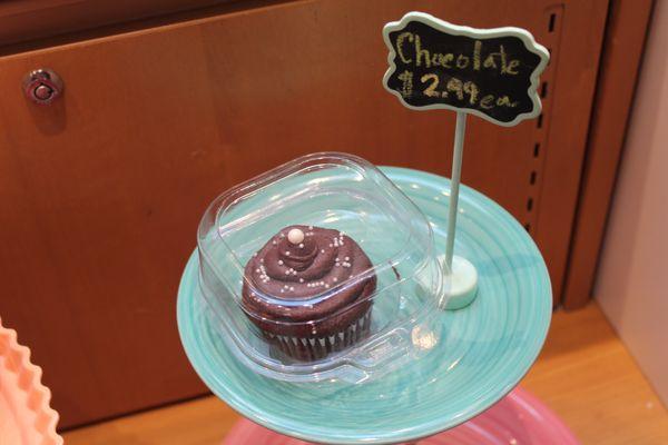 Marvelous Meringue Artisan Cake 23 Photos Cupcakes 6020 E 82Nd St Birthday Cards Printable Inklcafe Filternl