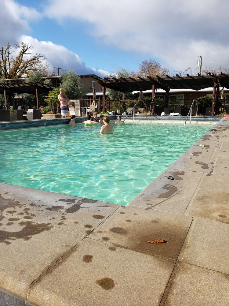 foto de Calistoga Spa Hot Springs - 304 Photos & 405 Reviews - Hotels ...