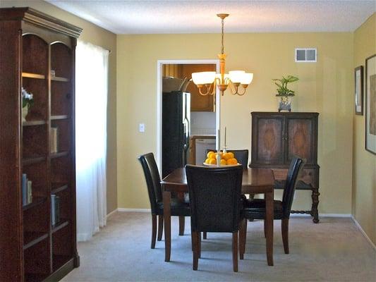 Staging 1700 Daily Dr Camarillo Ca, Home Furniture Camarillo