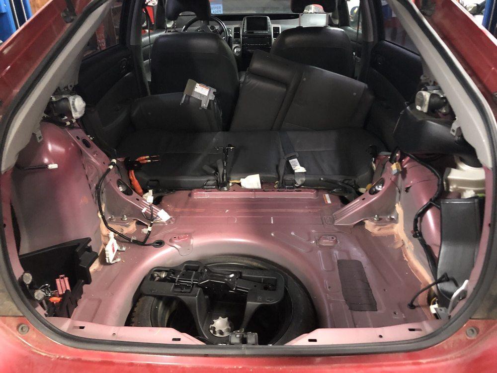2008 Prius Battery >> 2008 Toyota Prius Hybrid Battery Location Yelp
