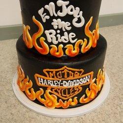 Best Custom Birthday Cakes Near Me