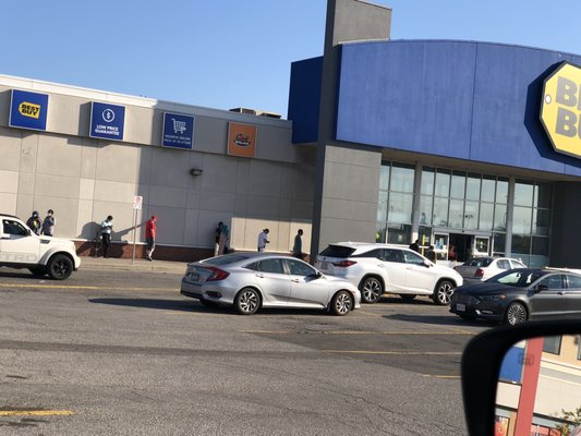 Best Buy 10 Reviews Electronics 2625a Weston Road Toronto On Phone Number Yelp