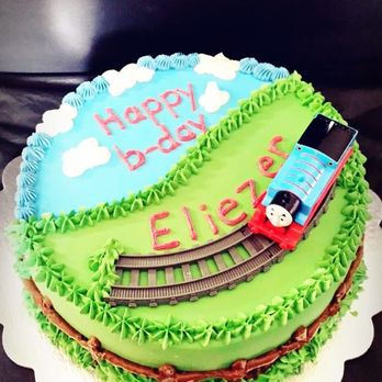 Peachy Thomas The Train Birthday Cake Yelp Funny Birthday Cards Online Fluifree Goldxyz