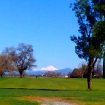Tucker Oaks Golf Club Of Anderson Golf 6241 Churn Creek Rd Anderson Ca Phone Number Yelp