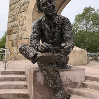 Fred Rogers Monument 23 Photos Museums Three Rivers Heritage Trl North Side Pittsburgh Pa Yelp