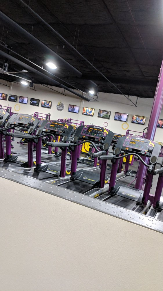 Planet Fitness 44 Photos 43 Reviews Gyms 2516 Airport Rd Colorado Springs Co United States Phone Number