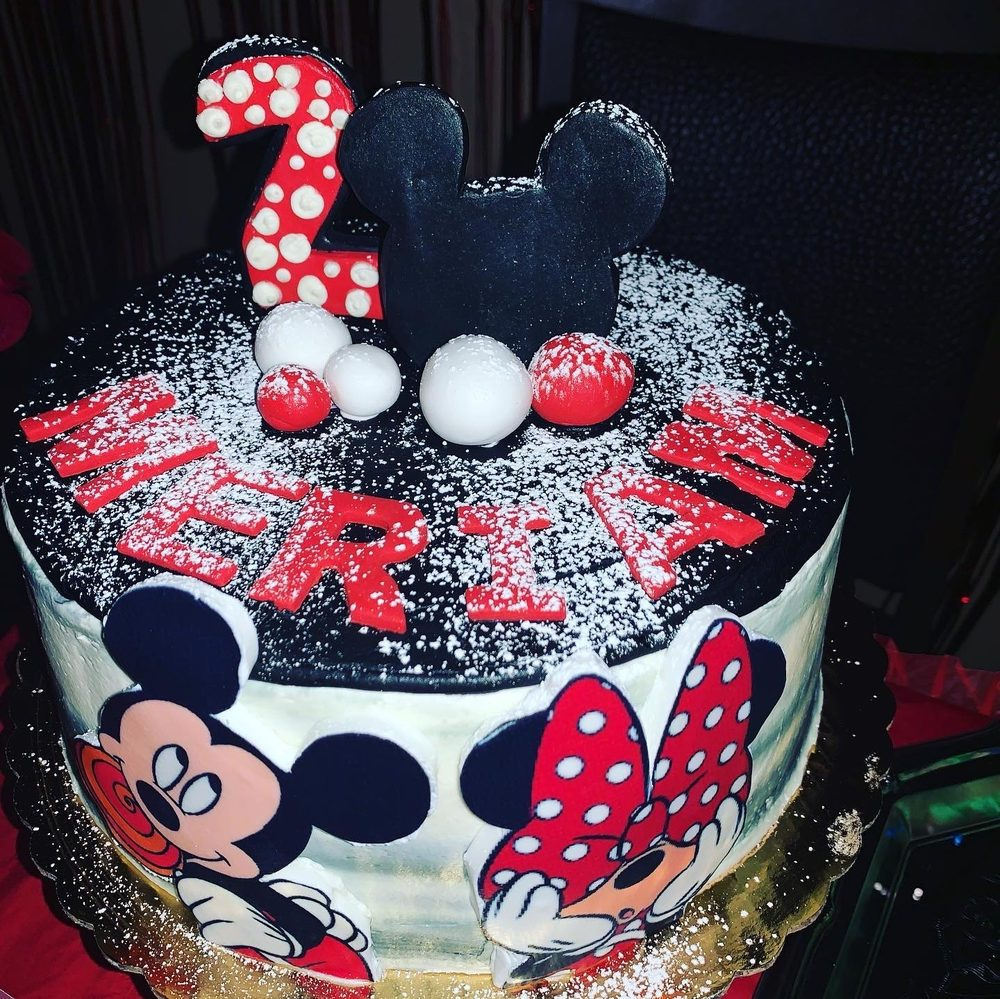 Magnificent Carls Cakes Takeout Delivery 208 Photos 34 Reviews Funny Birthday Cards Online Hendilapandamsfinfo
