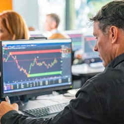 online trading courses canada cryptocurrency potential profit