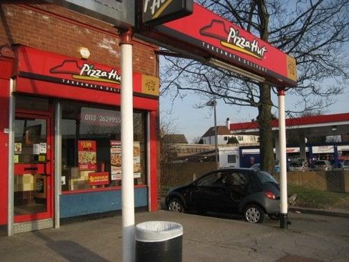 Pizza Hut Pizza 36 Harrogate Road Chapel Allerton