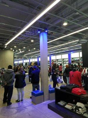 shoe shops bayfair