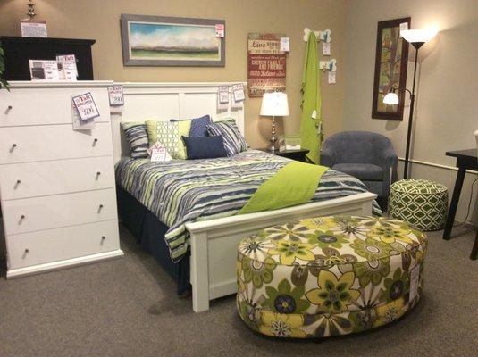 121 Ton Ave Saratoga Springs Ny, Taft Furniture Saratoga