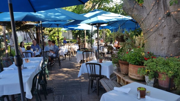 L Hirondelle Restaurant 236 Photos