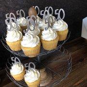 mares custom cakes corona ca
