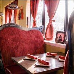 Ella's Americana Folk Art Cafe