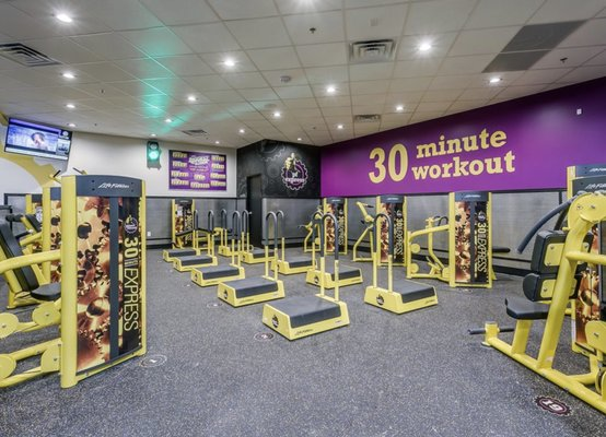 Planet Fitness Closed 45 Photos 28 Reviews Gyms 8201 Rowlock Way Raleigh Nc United States Phone Number Yelp