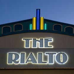 Santikos Rialto Brewhaus 77 Photos 76 Reviews Cinema 2938 Ne